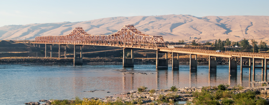 The Dalles Columbia River crossing